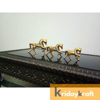 Metal Animal Figurine  Horse Carvaan Statue - Set of 3