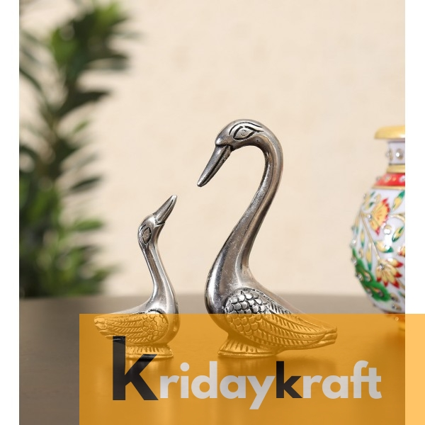 Swan Pair showpiece handicrafts Pair of Kissing Duck swan Pair feng Shui | Love Birds Saras Pair Silver Polish for Home Decor and Gift Purpose
