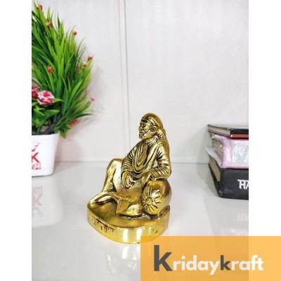 Metal Sai Baba Murti Idol Statue Sirdi Saibaba Idol Showpiece for Pooja Room Home Decoration Spiritual Car Dashboard & for gift.. Decorative Showpiece - 11 cm  (Aluminium, Gold)